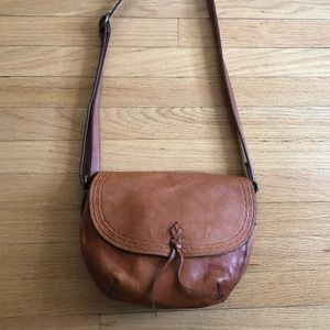 Beautiful 100% leather crossbody Lucky Brand bag